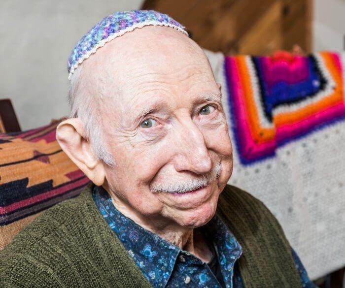 A man wearing a yarmulke